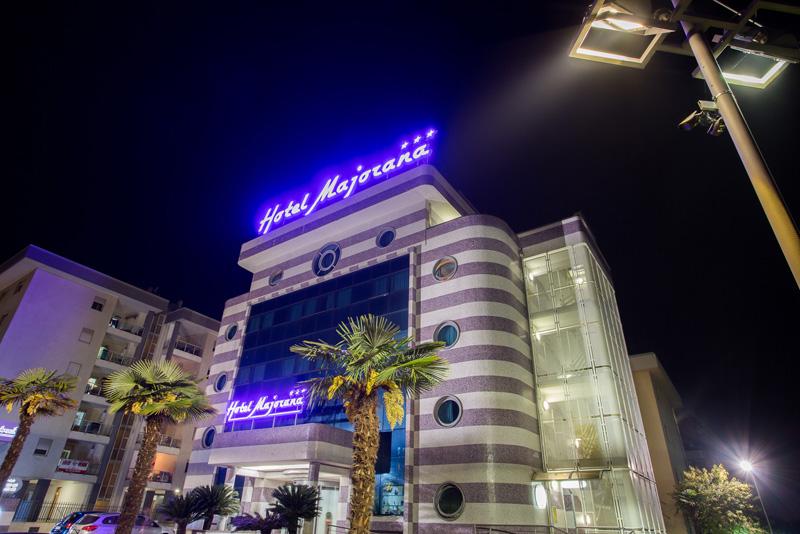 hotel-majorana-esaterni-1