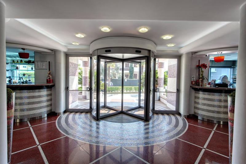 hotel-majorana-hall-25