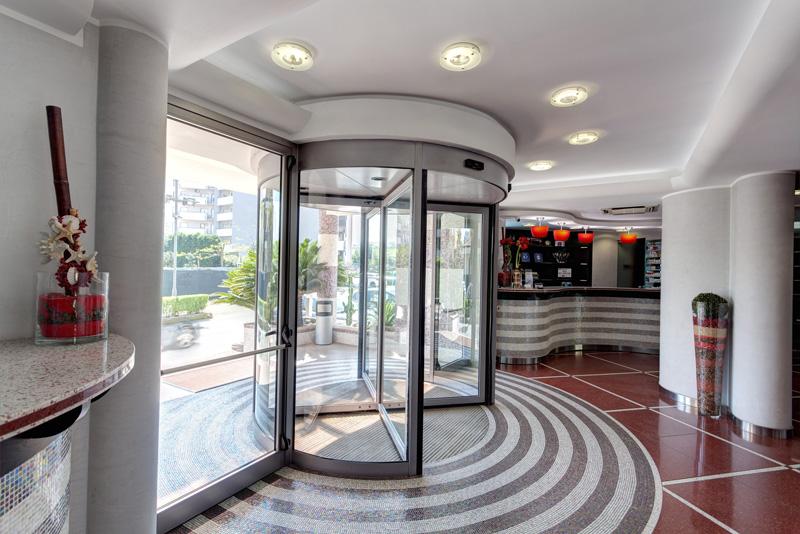 hotel-majorana-hall-26